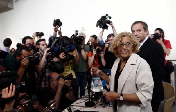 """Carmena quiere """"romper el enfrentamiento"""" Barcelona-Madrid y Carmona plasma su """"disenso contundente"""" con Colau"""