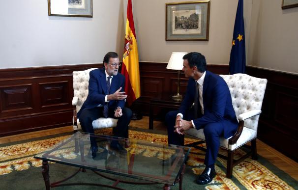 Sánchez dice que Rajoy seguirá teniendo la responsabilidad de buscar la investidura aunque fracase el viernes