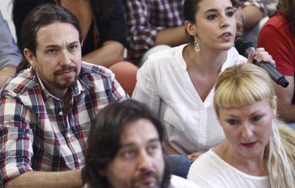"""Iglesias, con Irene Montero y Rafa Mayoral, en la presentación de """"La ruta del cambio"""""""