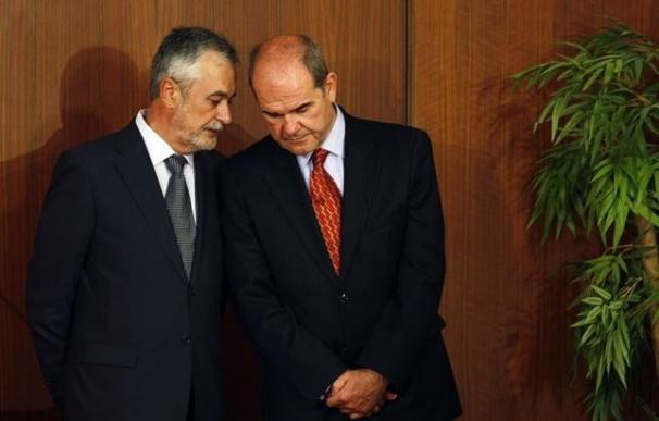Los expresidentes de la Junta de Andalucía, Manuel Chaves y José Antonio Griñán.