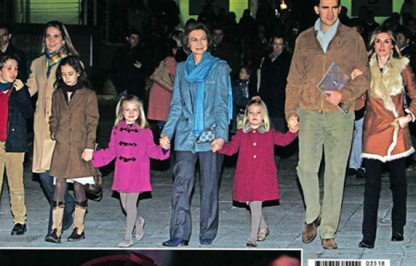 La familia real vuelve a las portadas de las revistas sin los duques de Palma