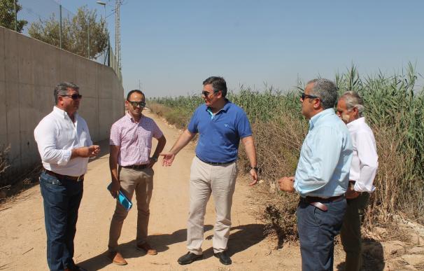 El 100% del agua tratada en la depuradora de Los Alcázares es reutilizada por los regantes