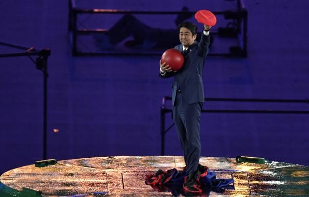 Río cede el testigo a Tokio y el primer ministro japonés se disfraza de Mario Bros