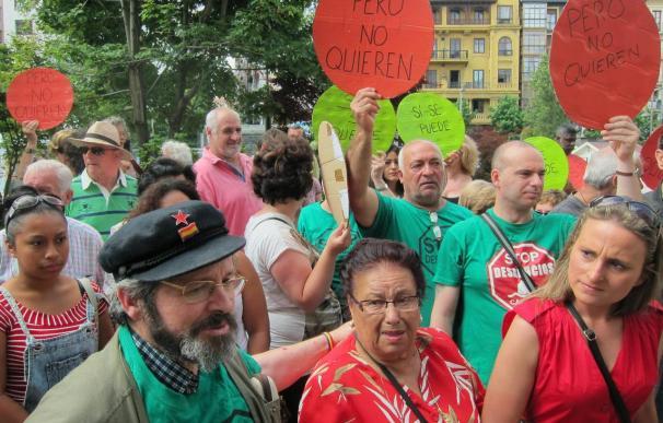 La PAH abandona la casa de Amparo y convoca mañana una concentración frente al Ayuntamiento