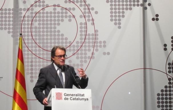 """Mas asegura que el camino de Cataluña es salir al exterior: """"Podemos hacerlo"""""""
