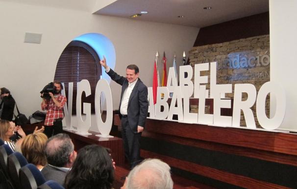 """Caballero hace balance de su gestión arremetiendo contra la Xunta por sus """"ataques"""" a Vigo"""