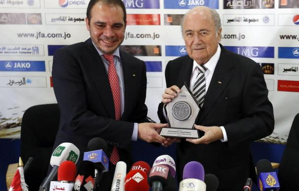El príncipe jordano Ali Bin al Husein anuncia su candidatura a presidir la FIFA