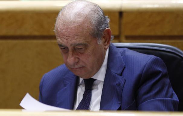 """Fernández Díaz dice que las cuotas de refugiados en la UE """"no resuelven el problema"""" y pueden generar """"efecto llamada"""""""