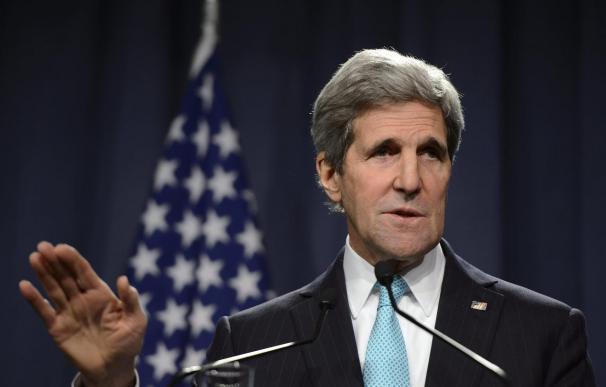 Kerry condena ataques en Ucrania y pide a Rusia que cese su apoyo a separatistas