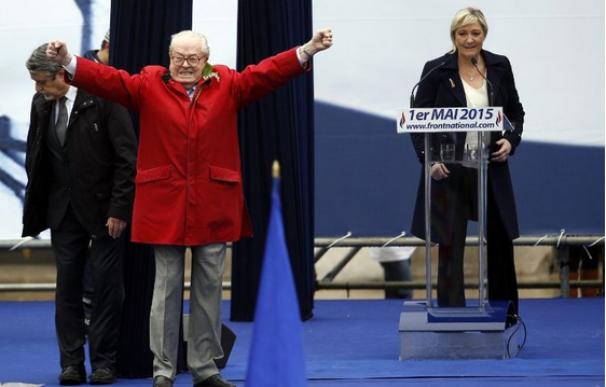 Le Pen en su minuto de gloria