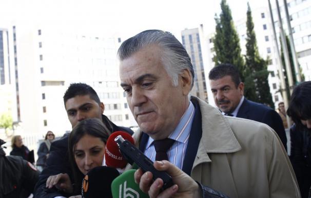 El PSOE pregunta a Báñez si el Ministerio va a sancionar al PP por su relación laboral simulada con Bárcenas