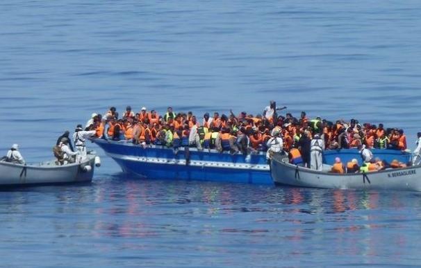 Diez inmigrantes muertos y 4.500 rescatados durante el fin de semana en el Mediterráneo