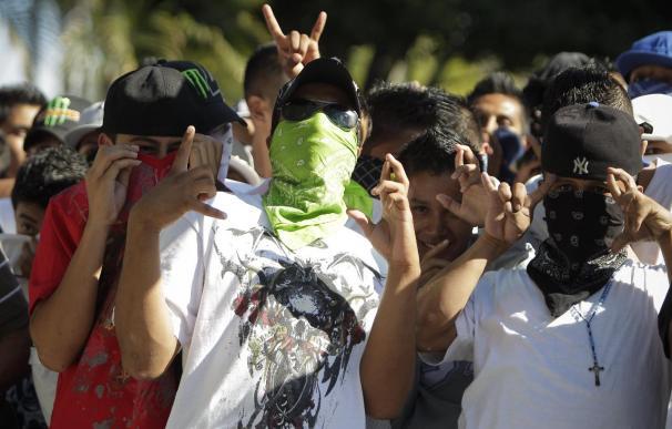 """La """"tregua"""" entre pandillas enfrenta a funcionarios salvadoreños"""