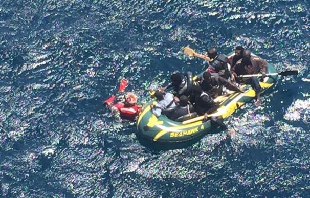 Italia rescata este viernes a más de 3.300 inmigrantes que trataban de cruzar el Mediterráneo.