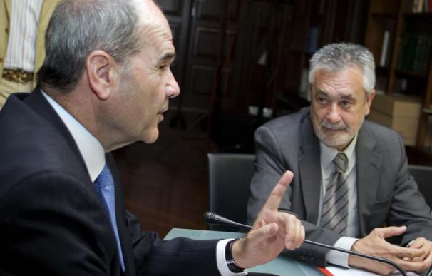 El juez Martín procesa por corrupción a Chaves y Griñán por el caso ERE