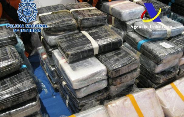 Incautados 160 kilos de cocaína oculta entre un cargamento de cacao en el puerto de Valencia