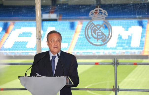 Florentino Pérez anunció el despido de Ancelotti.