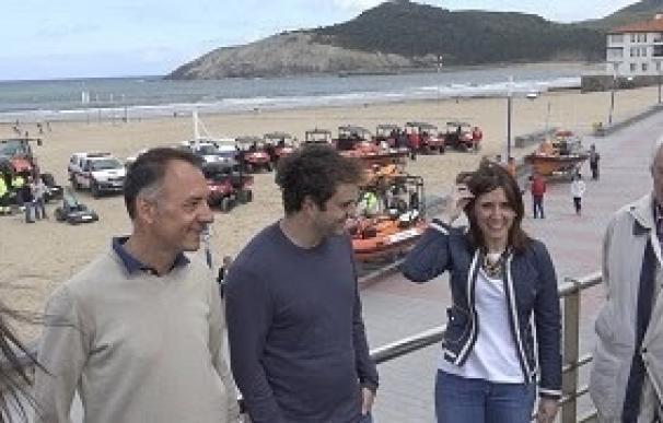 Un total de 200 personas velarán a diario por la seguridad y la limpieza en las playas a lo largo del verano
