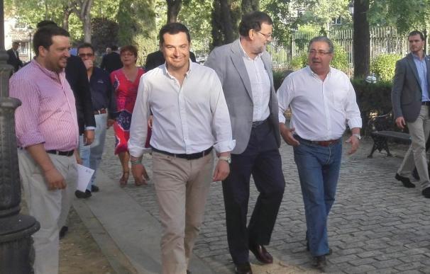 """Rajoy pide a Sánchez y Díaz que telefoneen a Moreno para decirle si quieren """"entendimiento"""" con el PP-A"""