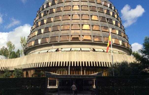 El TC declara extinguida la cuestión de inconstitucionalidad sobre la paga extra suprimida a los funcionarios