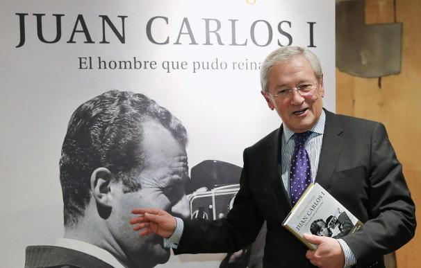"""El periodista Fernando Onega presenta el libro """"Juan Carlos I, el hombre que pudo reinar"""""""