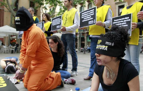 Amnistía Internacional asegura que casi la mitad de los españoles teme ser torturado si es detenido