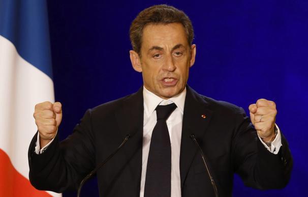 Sarkozy vuelve a traer cola con la refundación de su partido: Los Republicanos