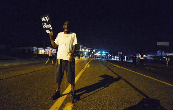 Los líderes negros no logran contener la violencia en los disturbios raciales