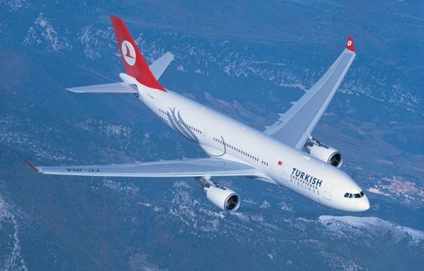 Turkish Airlines suma cuatro vuelos semanales entre Barcelona y Estambul