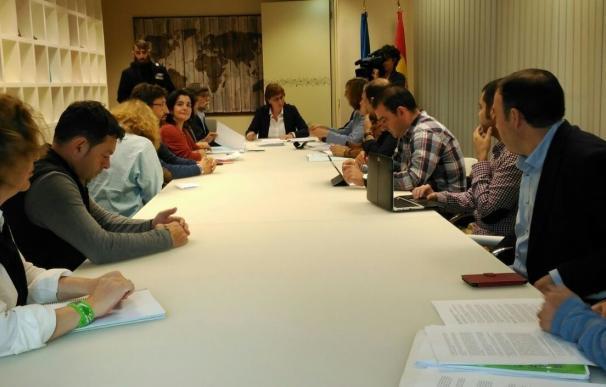 El Principado traslada a la FACC el plan piloto de empleo y salario social a desarrollar en Oviedo y Grado