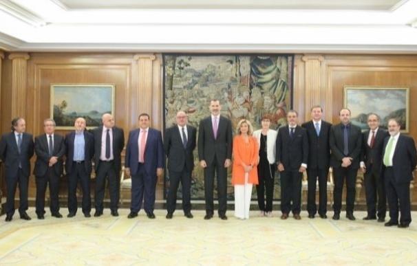El Rey recibe en audiencia a la Junta Directiva de la Federación de Gremios de Editores de España