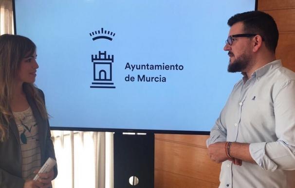 """Los espacios jóvenes del municipio de Murcia """"hablarán inglés"""" durante el mes de julio"""