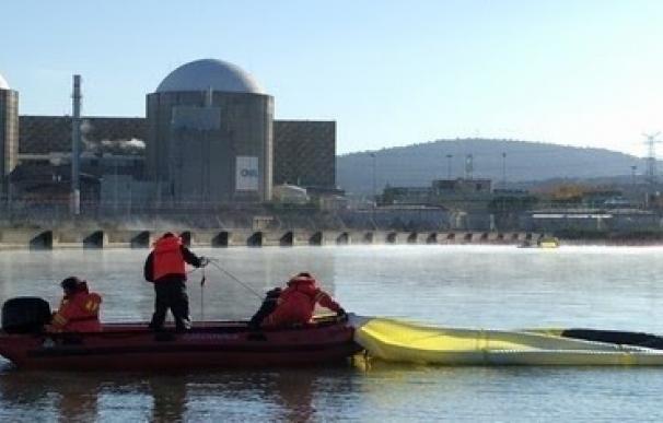 Greenpeace pide a Rajoy que programe cerrar la central de Almaraz (Cáceres) porque su seguridad preocupa a Portugal