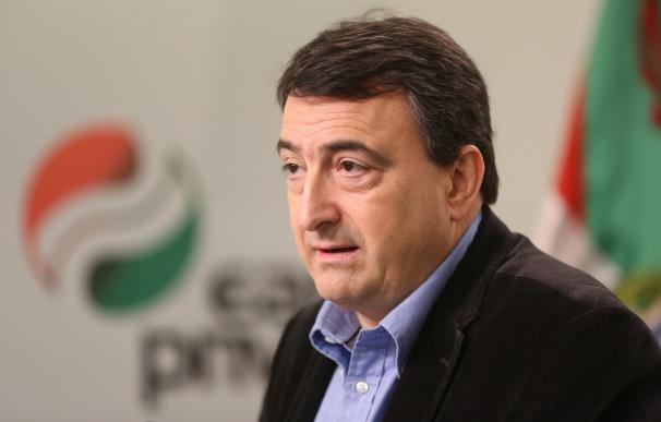 """Esteban (PNV): """"No sé si habrá legislatura, cada mañana nos levantamos con una noticia diferente"""""""