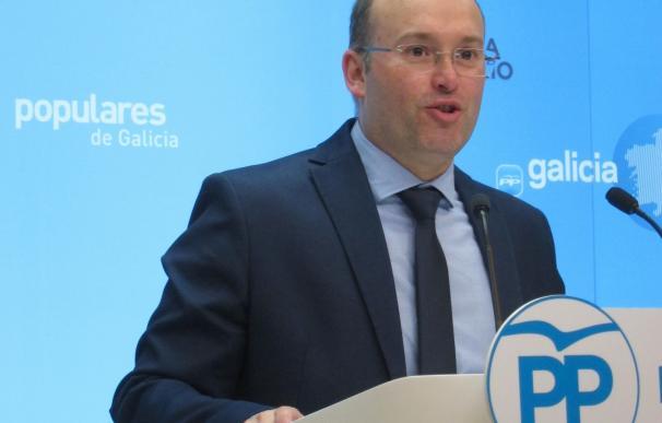 """Tellado asegura en Fene (A Coruña) que el gobierno de Rajoy permitió """"reabrir la antigua Astano"""""""