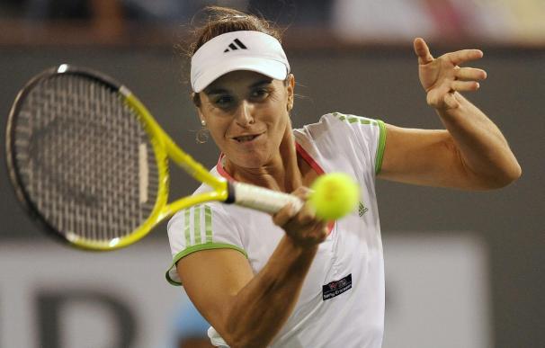 Anabel Medina logra el pase a octavos del Andalucía Tennis Experience