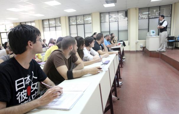 """Alumnos de la US critican """"menosprecio"""" en el trato con la institución"""