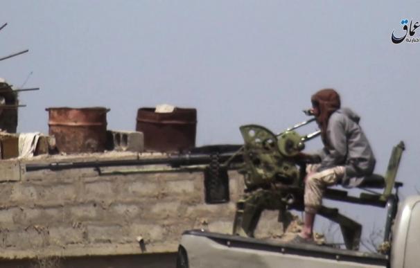 Comandos sin bandera se infiltran y atacan las bases de Estado Islámico en Deir ez Zor