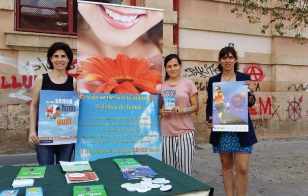 Cort aconseja e informa a jóvenes para que dejen de fumar con motivo del Día Mundial sin Tabaco