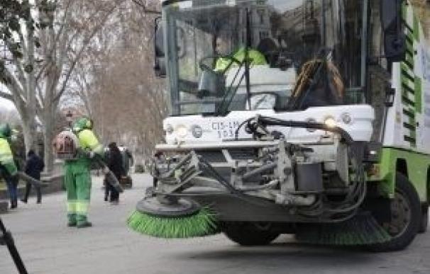 El Ayuntamiento reforzará los servicios de limpieza e instalará sanitarios portátiles e islas ecológicas