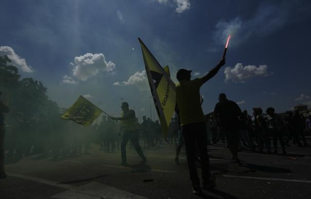 En libertad los taxistas detenidos en los actos de protesta de ayer