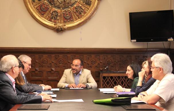 La Diputación de Soria firma 16 convenios en materia social por 132.441 euros que benefician a 3.374 usuarios