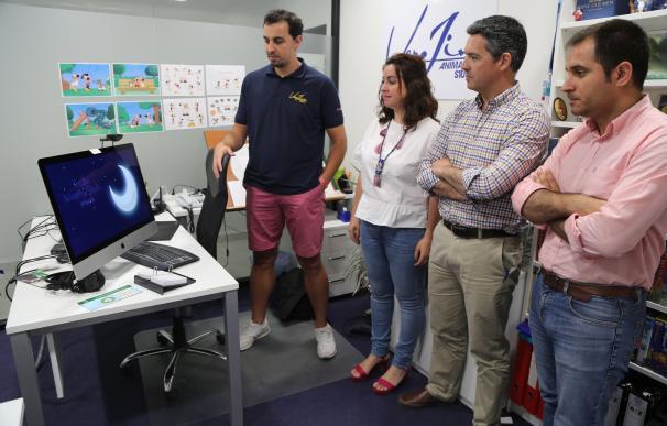 El director del IAJ visita en Rota la empresa 'Verjim Animation Studio' impulsada por Innovactiva 6000