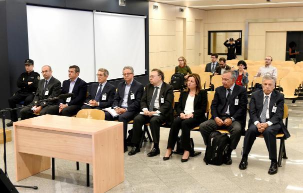 Los acusados por la CAM se defienden: el BdE dio luz verde a las cuentas de 2010