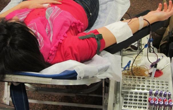 Los equipos del Banco de Sangre recorrerán casi 12.000 kilómetros en junio para recoger 4.000 donaciones en Extremadura