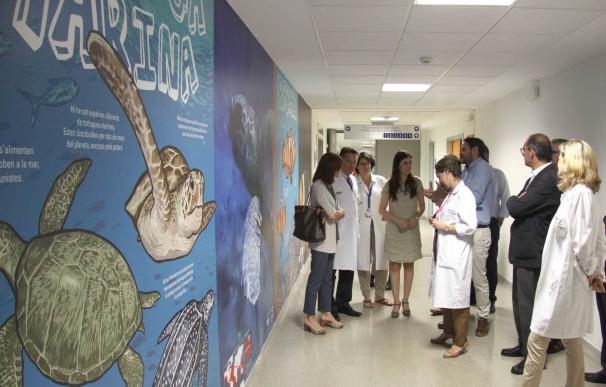 El Hospital La Fe de València abre en el área de Radiología Infantil la calle de L'Oceanogràfic decorada por McDiego