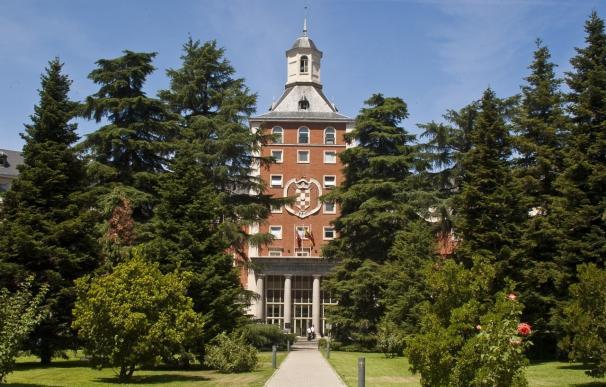 """La CRUMA pide resolver """"carencias"""" de la ley de universidades y subrayar que la financiación irá solo a las públicas"""