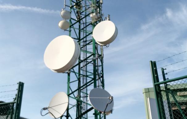 El Govern mejora las telecomunicaciones en Son Severa instalando un nuevo grupo electrógeno