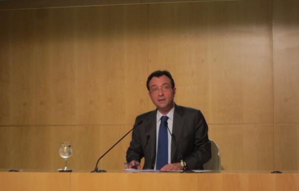 """Cobo (PP) cree que Moix no tiene que dimitir porque no hay """"nada reprochable"""" en la empresa offshore que heredó"""