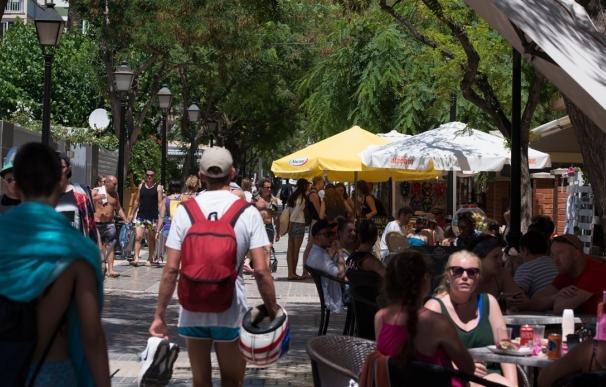 La Comunitat recibe más de 2,1 millones de turistas internacionales hasta abril, un 17,7% más interanual